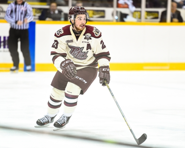 Hunter Garlent of the Peterborough Petes. Photo by Aaron Bell/OHL Images